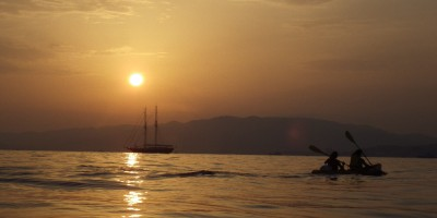 Kayak-Evasion-Kayak-Cannes-Nice-Antibes-image-fond4